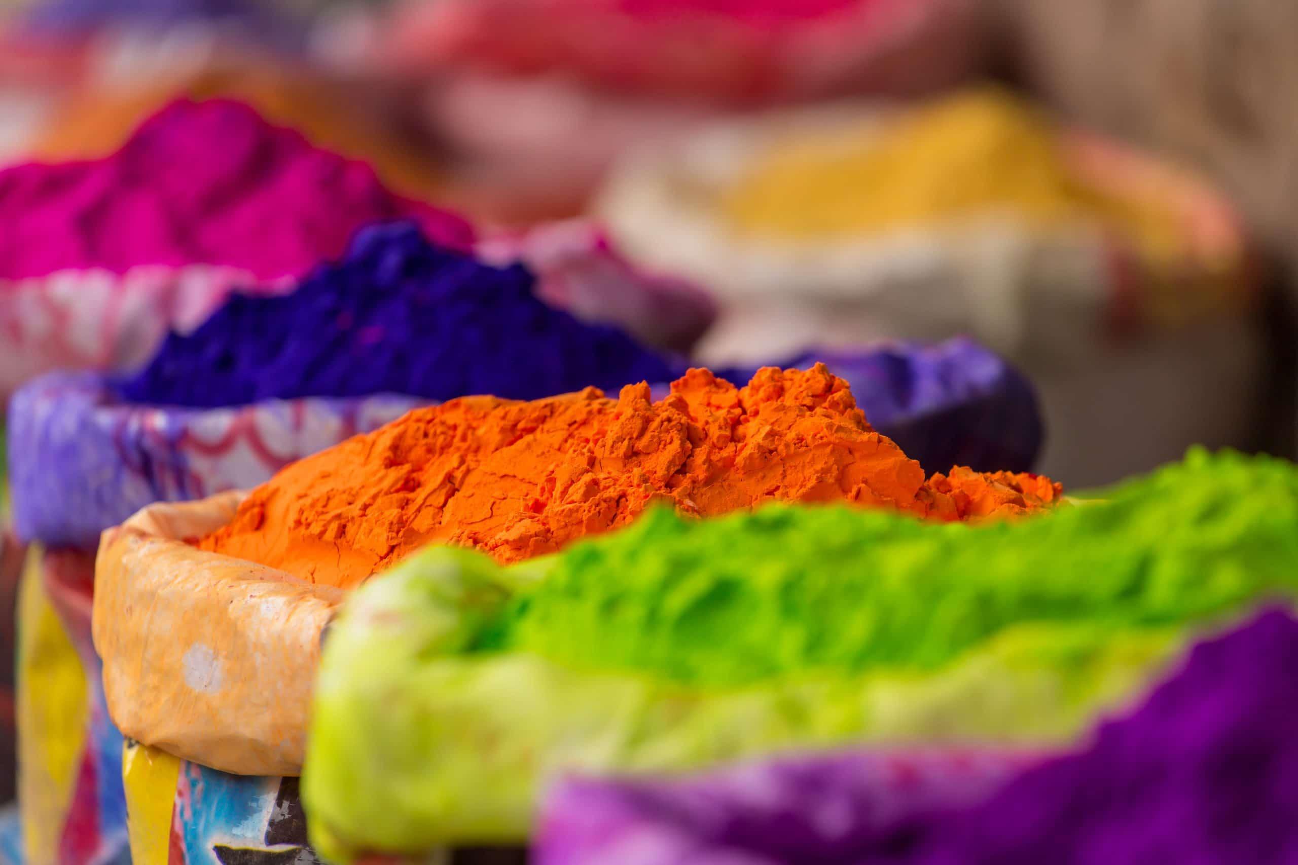 holi fetsival indien farbpulver