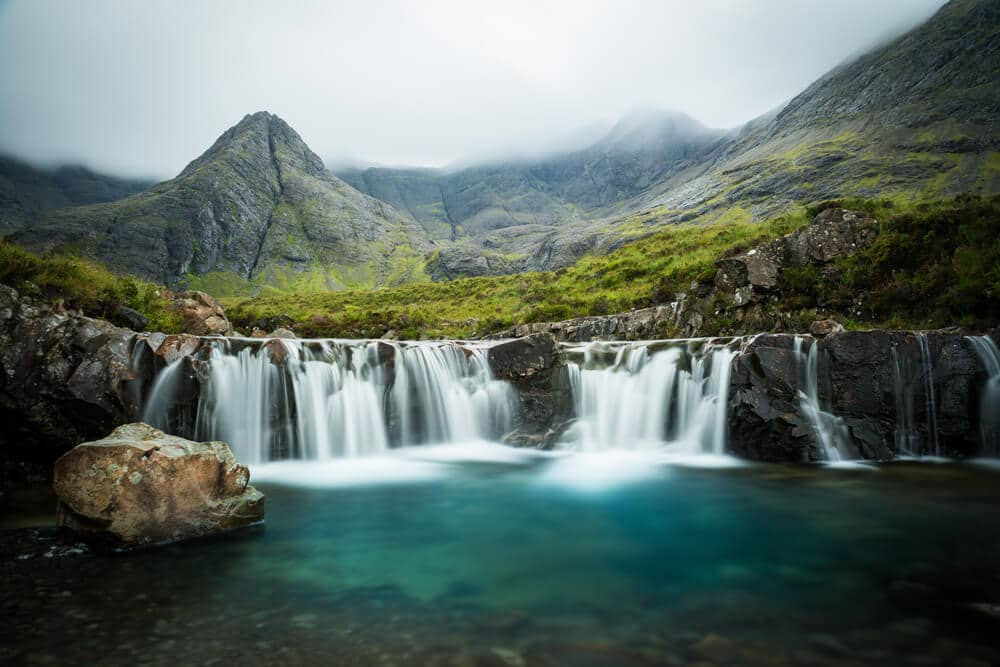 Die glasklaren Fairy Pools in Schottland