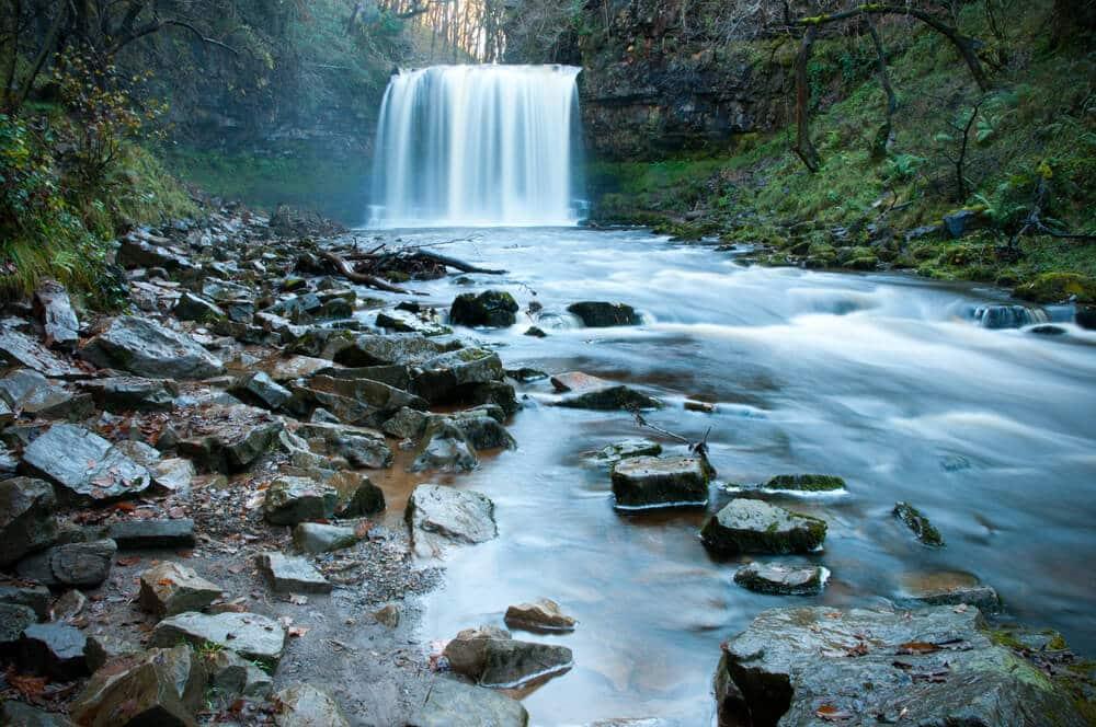 Sgwd Yr Eira Wasserfall, Brecon Beacons Nationalpark in Wales
