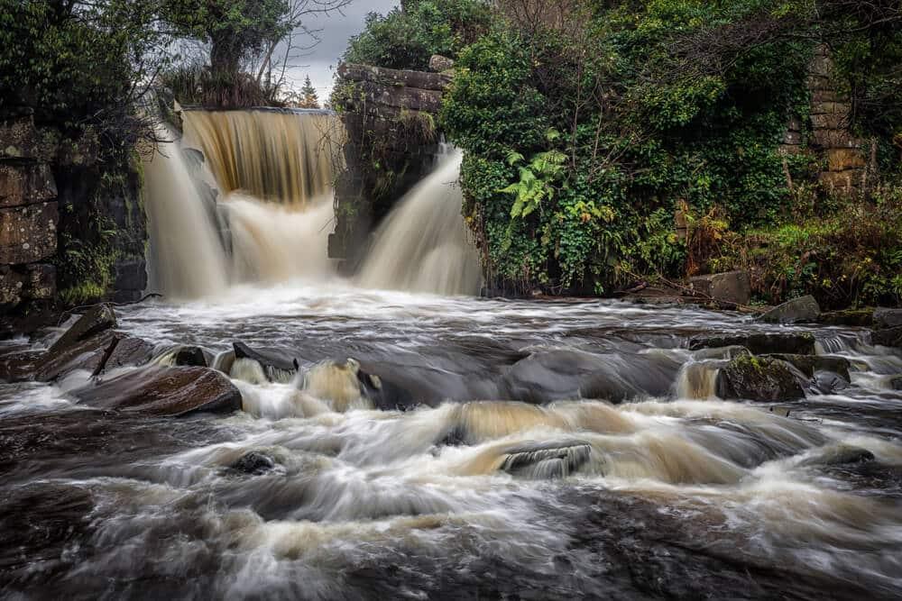 Wasserfall Penllergare Naturschutzgebiet, Wales